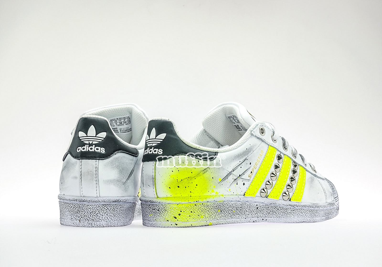 adidas superstar fluo